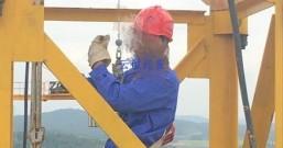 塔吊速差防坠器将人员主动预防变为被动接受