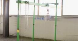 室内双绳直滑吊运机