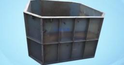 两条5吨吊装带搬运化粪池模具