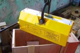 永磁吸盘行车主电机制动器直流控制回路方法