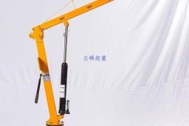 液压车载吊机普通车载吊机有什么区别?