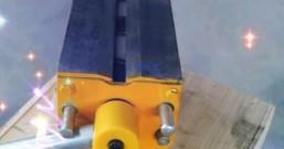起重磁力吸盘底部为什么设计出V型槽
