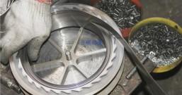 防坠器钢轮和铝轮哪个好