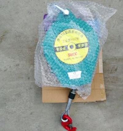 塑料外壳速差防坠器开箱验货第3张-云硕起重