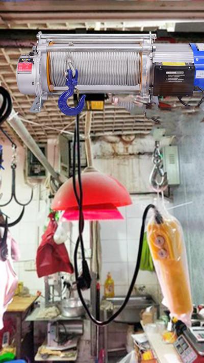小型电动提升机安装在厨房实景展示
