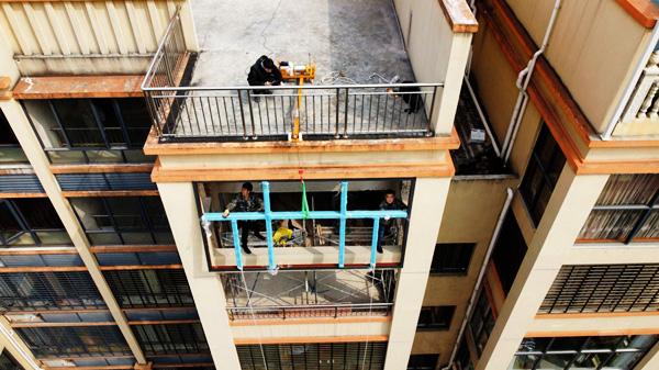 吊窗机吊装实景图